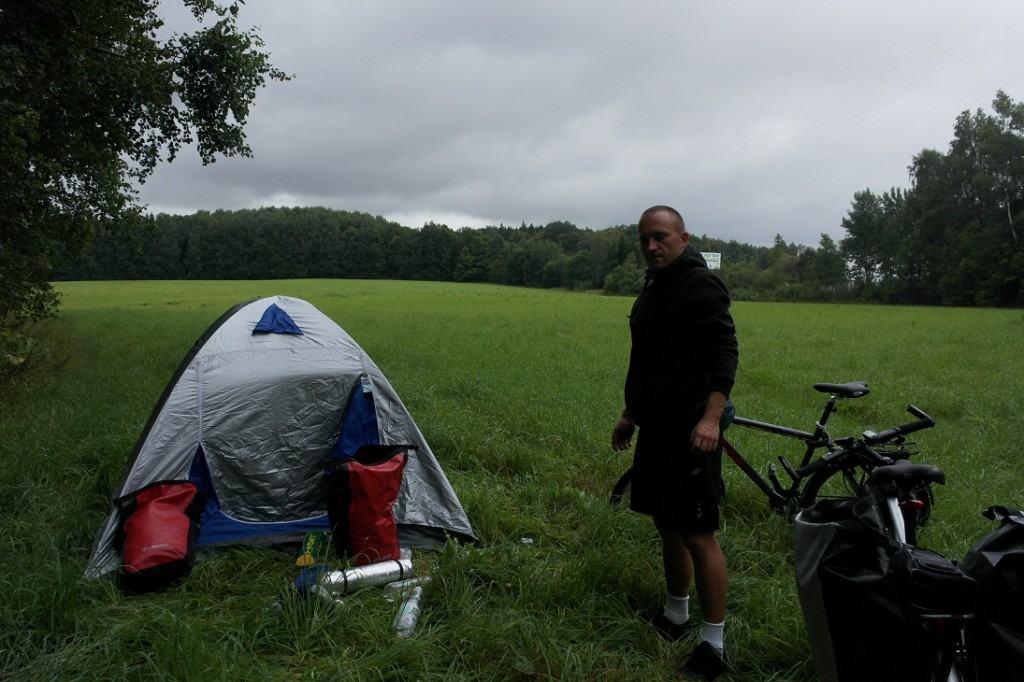 Namiot pod Mińskiem ;)